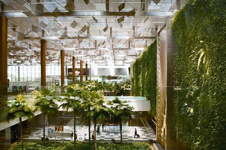 فرودگاه بین المللی چانگی سنگاپور (SIN)