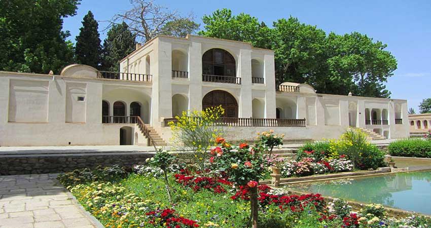 آشنایی با باغ شاهزاده کرمان