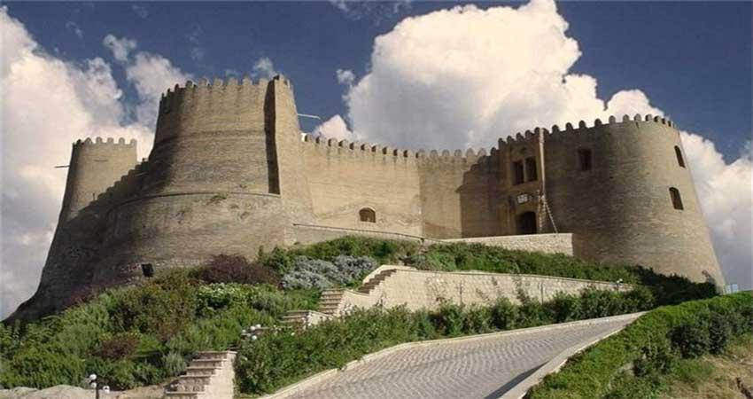 قلعه افلاک